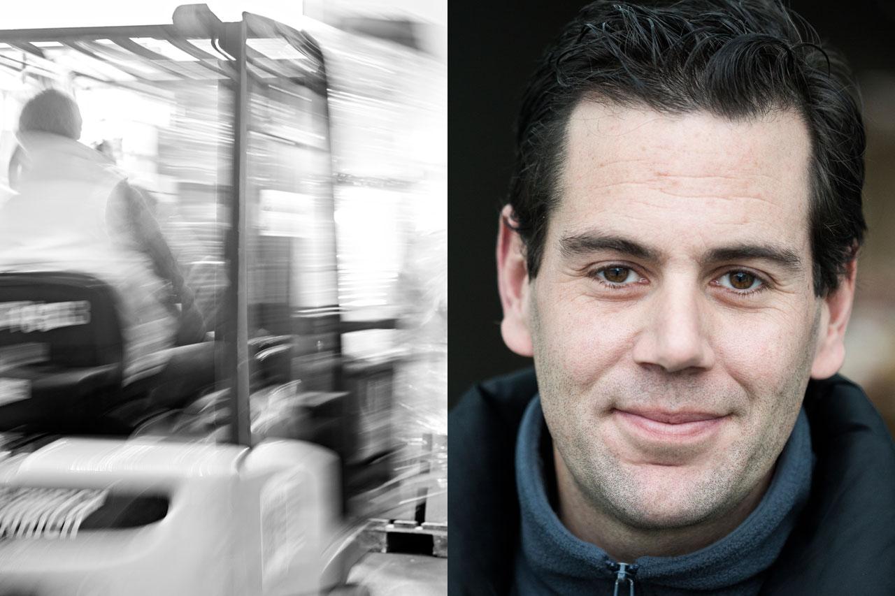 Fred Dott porträtierte ehrenamtliche Helfer in der Kleiderkammer von »Hanseatic Help e.V.« in den Hamburger Messehallen. Rudi ist Mitte 30, kommt aus der Schweiz und erst seit Februar 2015 in Hamburg. Foto: Fred Dott