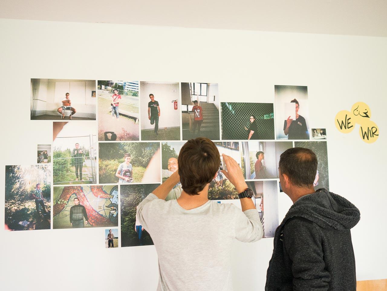 Die Ergebnisse des Workshops werden in einer Ausstellung in der Erstanlaufstelle in Suhl gezeigt. Foto: Nora Klein