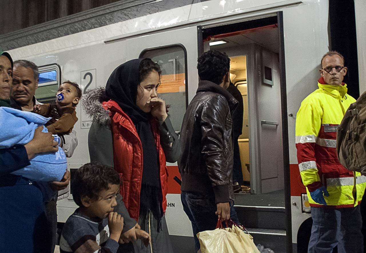 Ankunft eines Sonderzuges mit Flüchtlingen in Köln. Foto: Dirk Jeske