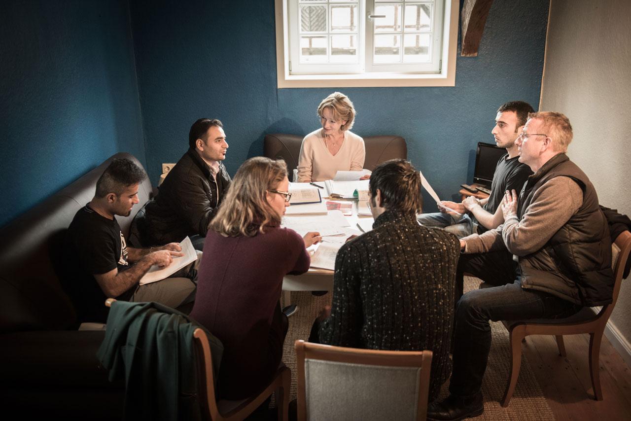 Deutschunterricht für Geflüchtete in Nieheim, einem Dorf in Nordrhein-Westfalen. Foto: Joanna Nottebrock