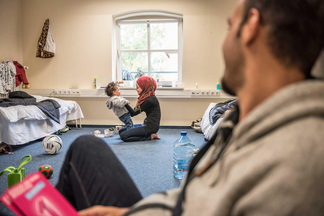 Gerhard Westrich porträtierte die syrische Familie Abd Alrahman in Potsdam. Foto: Gerhard Westrich